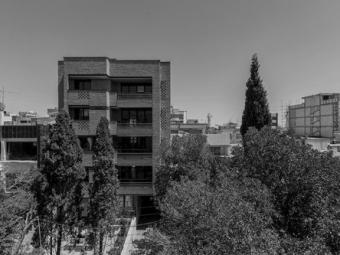 Mardavij Apartment